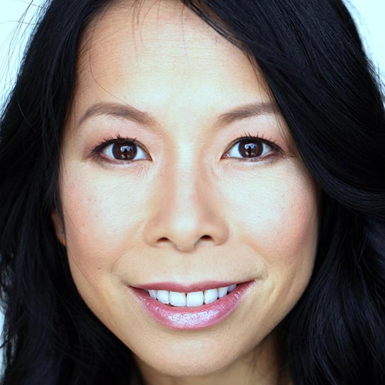 Eva Ho